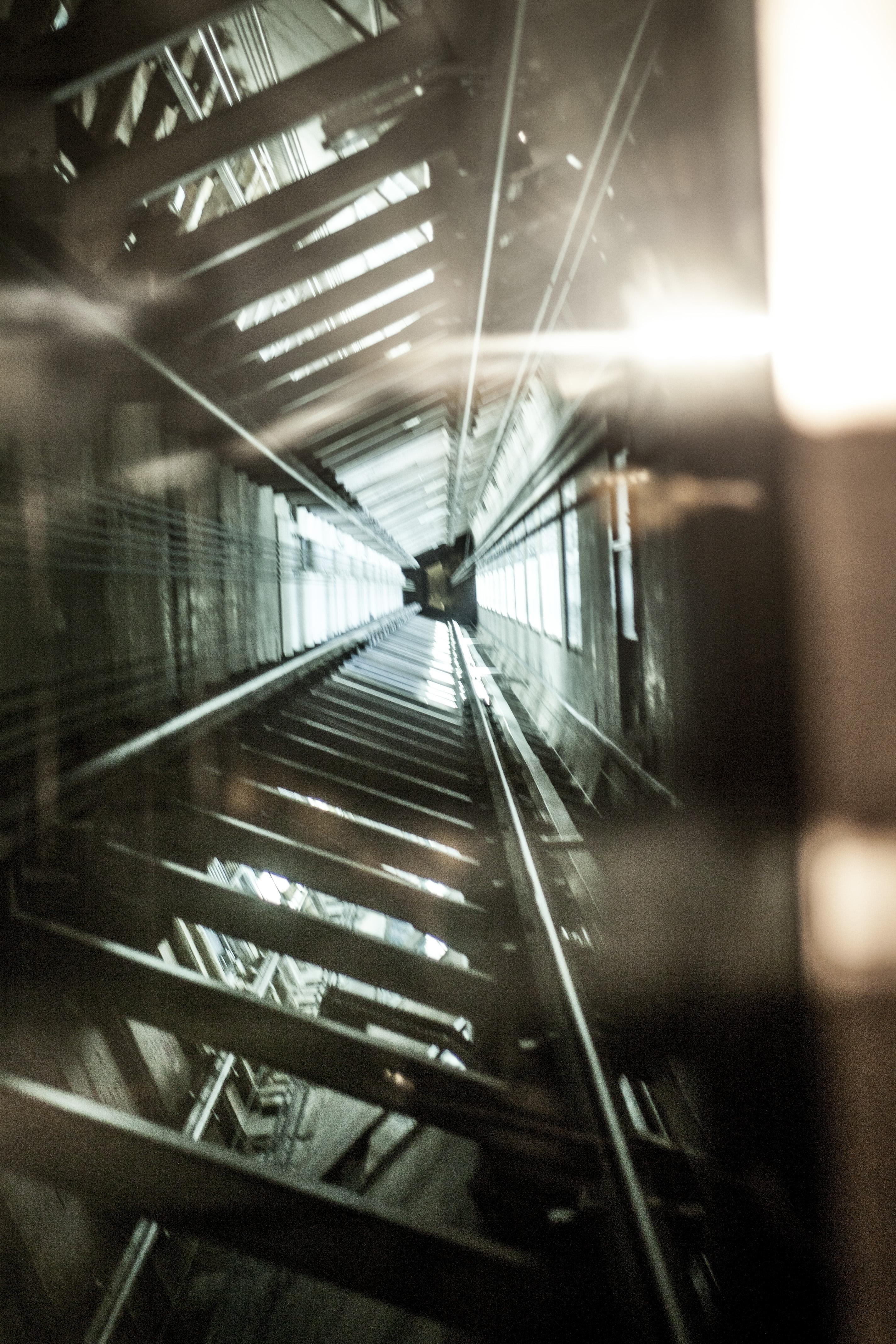 The Dutch Ministry of Social Affairs requires the accredited inspection of lifts
