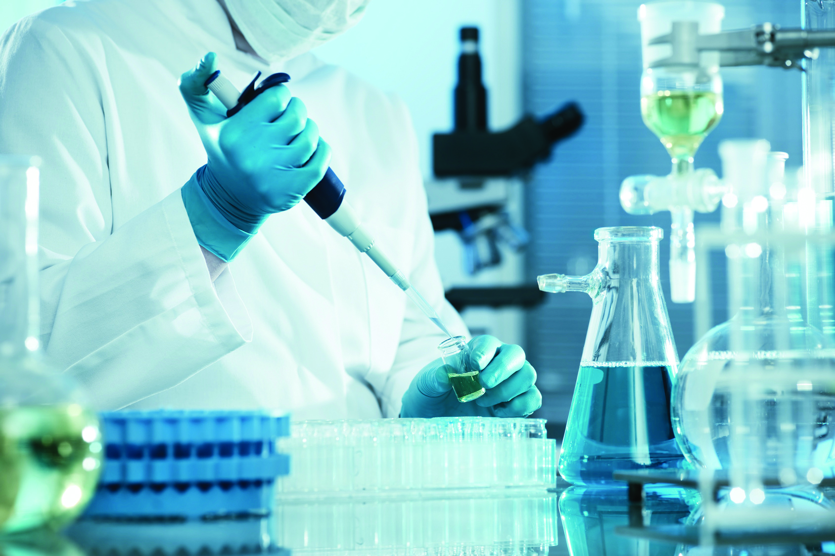 Air quality of the workplace supported by accredited laboratories