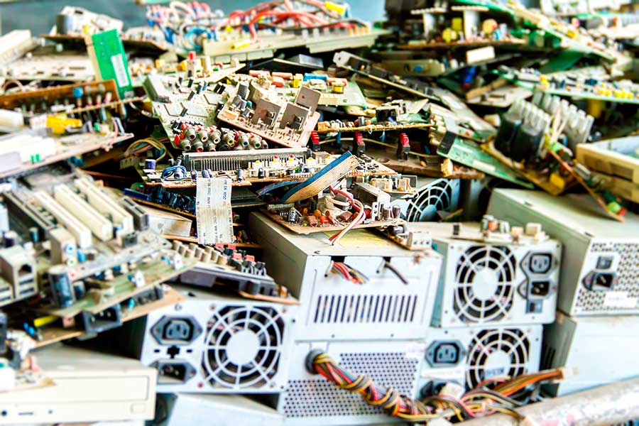 Extremadura requires accredited inspection for managing waste in electrical and electronic equipment installations