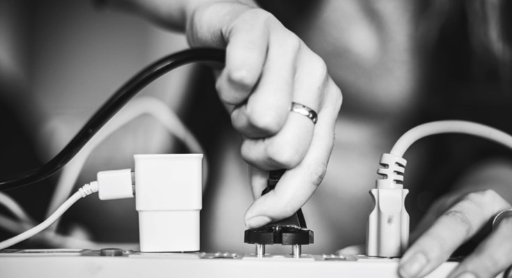 Accredited certification of plugs and sockets protects consumers